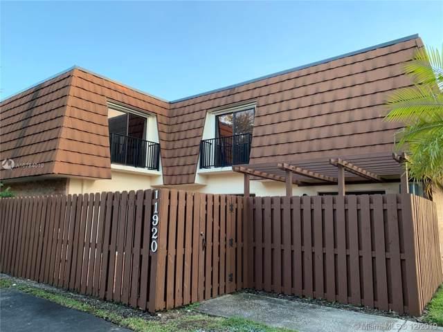11920 SW 7th Ct, Davie, FL 33325 (MLS #A10784010) :: Castelli Real Estate Services