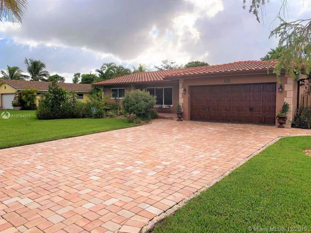 3800 NW 104th Ave, Coral Springs, FL 33065 (MLS #A10784070) :: Castelli Real Estate Services