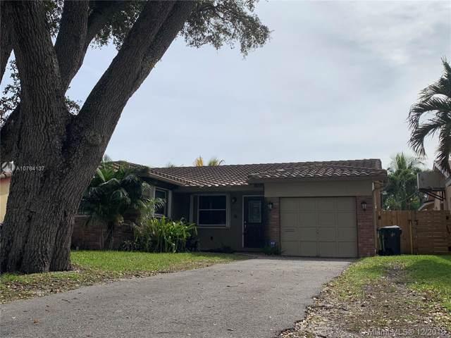 1408 SW 32nd St, Fort Lauderdale, FL 33315 (MLS #A10784137) :: Grove Properties