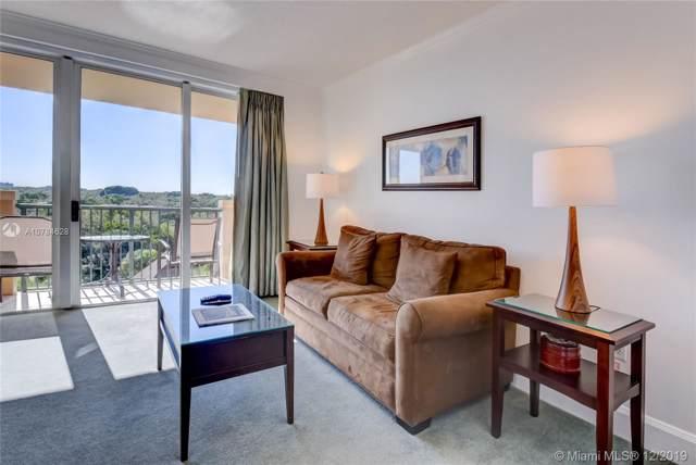 2951 S Bayshore Dr #906, Miami, FL 33133 (MLS #A10784628) :: Berkshire Hathaway HomeServices EWM Realty