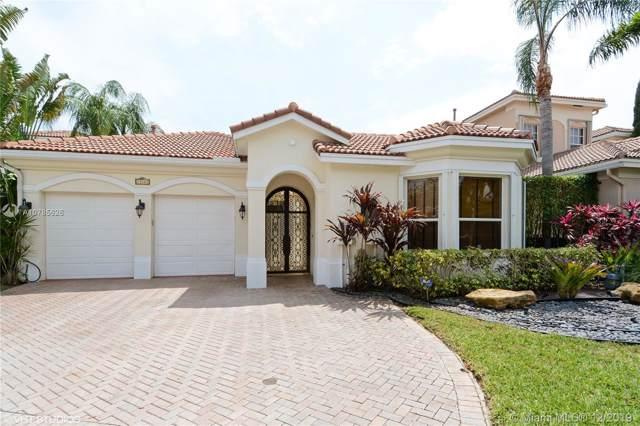 19403 NE 17th Ave, Miami, FL 33179 (MLS #A10785626) :: Green Realty Properties