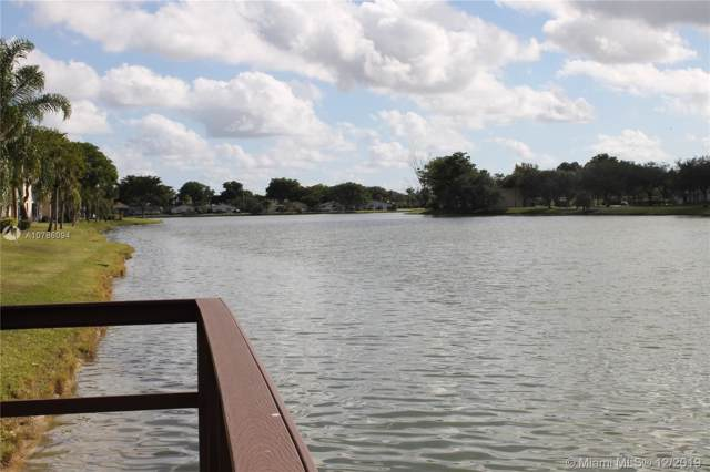 5571 Lakeside Dr #206, Margate, FL 33063 (MLS #A10786094) :: Berkshire Hathaway HomeServices EWM Realty