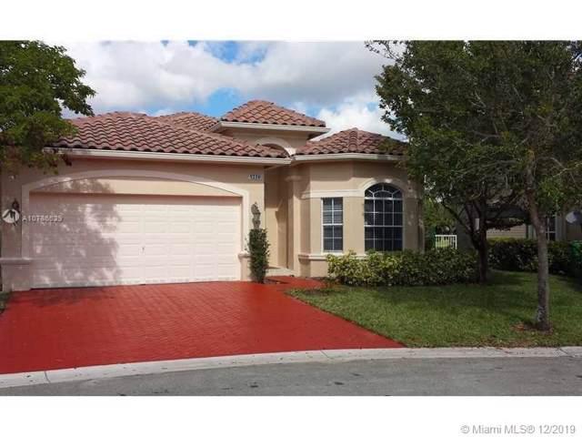 5270 SW 141st Ter, Miramar, FL 33027 (MLS #A10786529) :: The Jack Coden Group