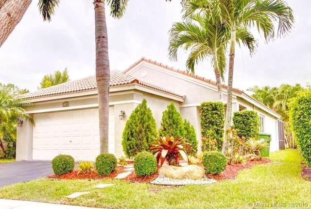4474 Dogwood Cir, Weston, FL 33331 (MLS #A10786699) :: The Teri Arbogast Team at Keller Williams Partners SW