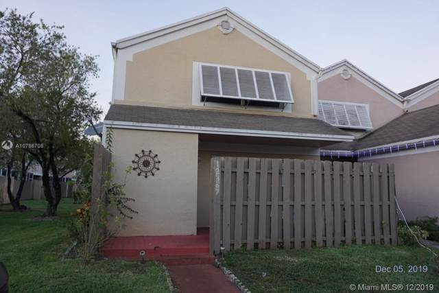 12387 NW 13th Ct, Pembroke Pines, FL 33026 (MLS #A10786708) :: The Erice Group