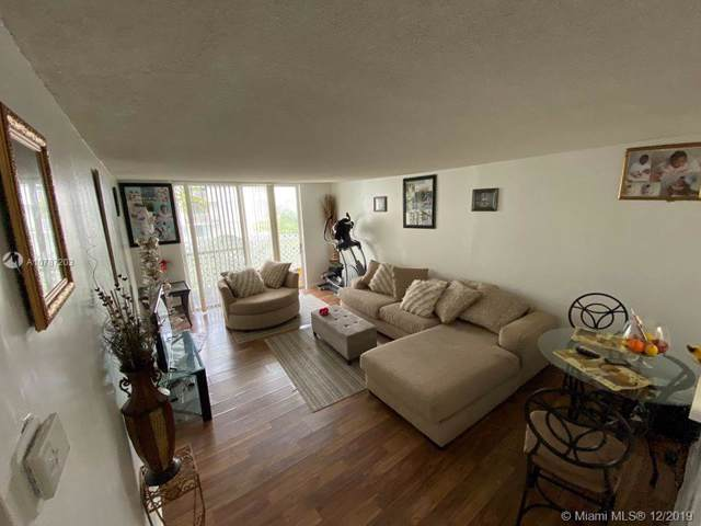 492 NW 165th St Rd C-412, Miami, FL 33169 (MLS #A10787203) :: Patty Accorto Team