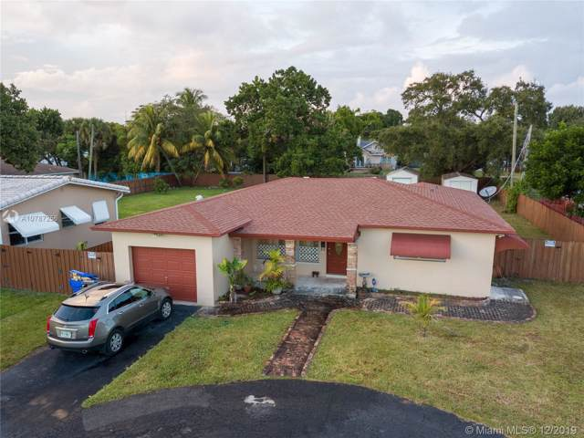 2435 Taylor St, Hollywood, FL 33020 (MLS #A10787256) :: RE/MAX Presidential Real Estate Group