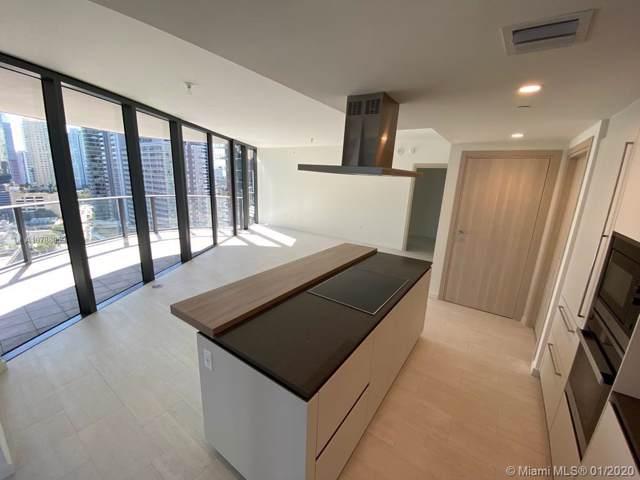 1000 Brikell Plaza #2101, Miami, FL 33131 (MLS #A10788059) :: Patty Accorto Team