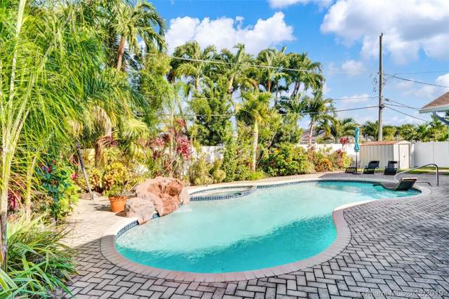 1925 NE 208th Ter, Miami, FL 33179 (MLS #A10789157) :: Grove Properties