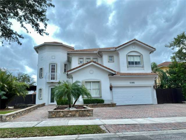 11102 NW 71st Ter, Doral, FL 33178 (MLS #A10789216) :: Patty Accorto Team