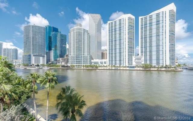 888 Brickell Key Dr #404, Miami, FL 33131 (MLS #A10789991) :: Berkshire Hathaway HomeServices EWM Realty