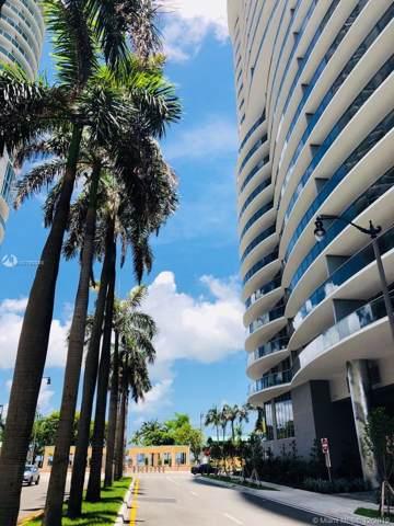 488 NE 18 St #305, Miami, FL 33132 (MLS #A10790048) :: Berkshire Hathaway HomeServices EWM Realty