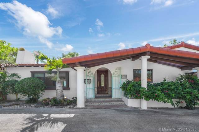 1352 Blue Rd, Coral Gables, FL 33146 (MLS #A10790800) :: The Riley Smith Group