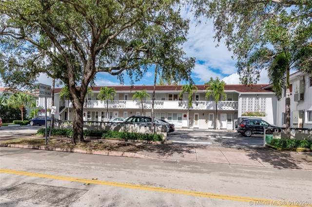 21 Edgewater Dr #207, Coral Gables, FL 33133 (MLS #A10791188) :: The Howland Group