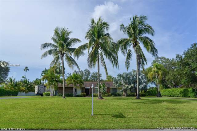 9808 SW 108th Ter, Miami, FL 33176 (MLS #A10792256) :: The Riley Smith Group