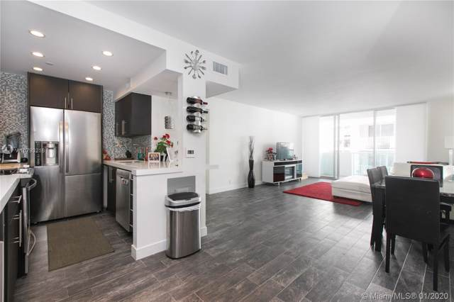 1200 West Ave 1221/2, Miami Beach, FL 33139 (MLS #A10793216) :: Castelli Real Estate Services