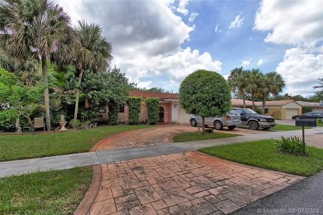 15331 Turnbull Dr, Miami Lakes, FL 33014 (MLS #A10794275) :: Green Realty Properties