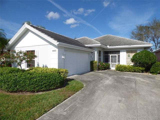 8683 Wakefield Dr, Palm Beach Gardens, FL 33410 (MLS #A10794518) :: Berkshire Hathaway HomeServices EWM Realty