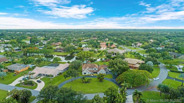 13290 SW 30th Ct, Davie, FL 33330 (MLS #A10794599) :: Castelli Real Estate Services