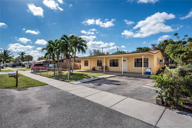 1401 SW 49th Ter, Fort Lauderdale, FL 33317 (MLS #A10796438) :: Castelli Real Estate Services
