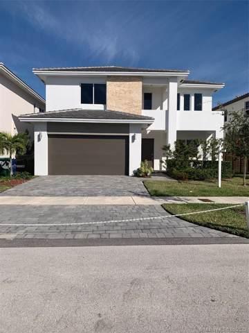 14947 SW 175th St, Miami, FL 33187 (MLS #A10796683) :: Albert Garcia Team