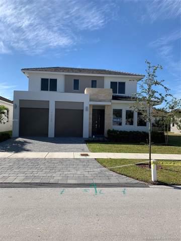 15100 SW 176th Ln, Miami, FL 33187 (MLS #A10796710) :: Albert Garcia Team