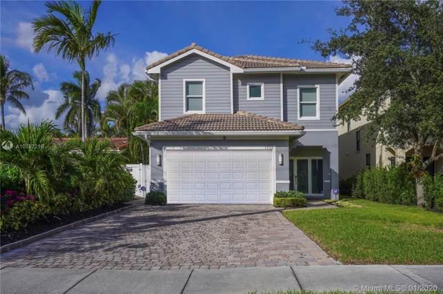 1733 NE 38th St, Oakland Park, FL 33334 (MLS #A10797219) :: Castelli Real Estate Services