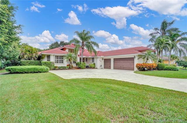 11741 NW 11th St, Plantation, FL 33323 (MLS #A10797359) :: Laurie Finkelstein Reader Team