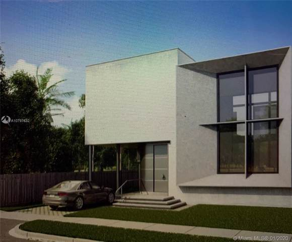 2447 Pierce St, Hollywood, FL 33020 (MLS #A10797632) :: Berkshire Hathaway HomeServices EWM Realty