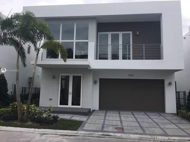 9760 NW 74th Ter, Doral, FL 33178 (MLS #A10797781) :: Berkshire Hathaway HomeServices EWM Realty