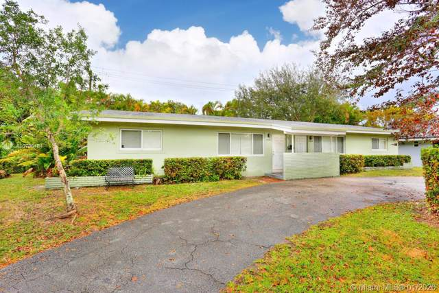 11424 SW 81 Rd, Pinecrest, FL 33156 (MLS #A10798181) :: The Erice Group
