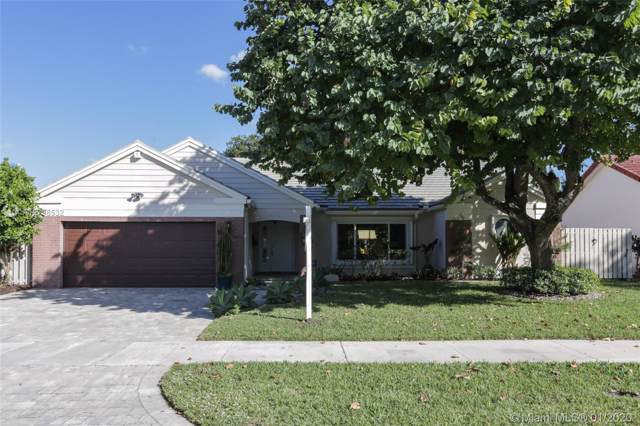 860 Amherst Ave, Davie, FL 33325 (MLS #A10798532) :: RICK BANNON, P.A. with RE/MAX CONSULTANTS REALTY I