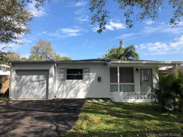 1411 N 64th Ave, Hollywood, FL 33024 (MLS #A10799165) :: Laurie Finkelstein Reader Team