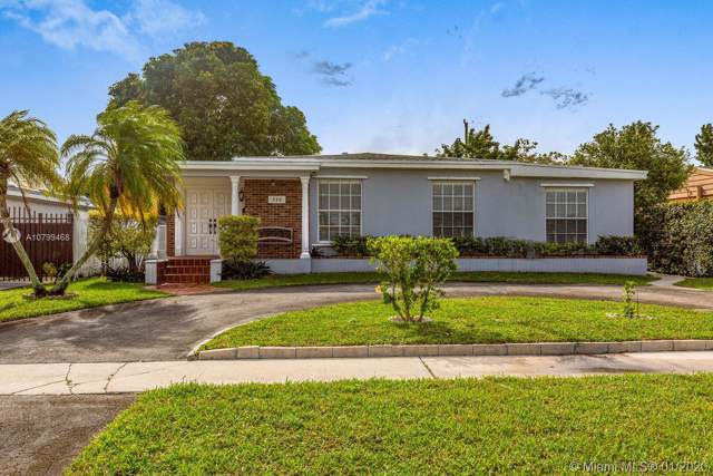 320 E 59th St, Hialeah, FL 33013 (MLS #A10799468) :: Berkshire Hathaway HomeServices EWM Realty