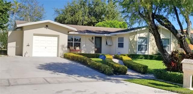 12463 SW 104th Ln, Miami, FL 33186 (MLS #A10799889) :: Castelli Real Estate Services