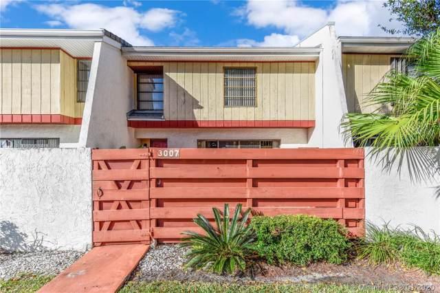3007 Oaktree Ln #273, Hollywood, FL 33021 (MLS #A10800334) :: Green Realty Properties