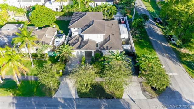 3735 SW 60th Ct, Miami, FL 33155 (MLS #A10800921) :: The Riley Smith Group