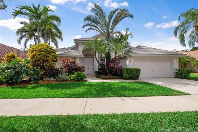 824 Heron Road, Weston, FL 33326 (MLS #A10801053) :: The Paiz Group