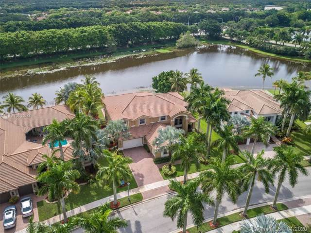 1486 Victoria Isle Drive, Weston, FL 33327 (MLS #A10801244) :: The Howland Group