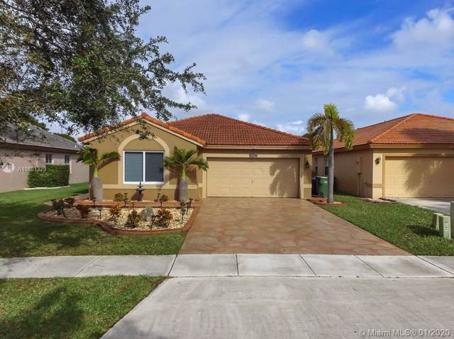20857 NW 16th St, Pembroke Pines, FL 33029 (MLS #A10801329) :: United Realty Group