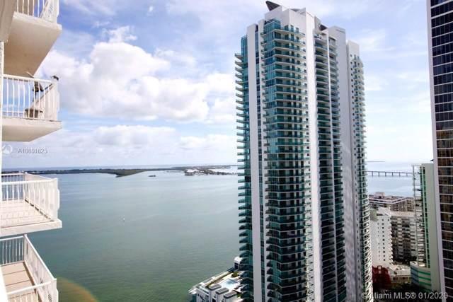1200 Brickell Bay Dr #3303, Miami, FL 33131 (MLS #A10801625) :: Patty Accorto Team