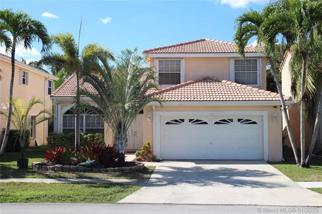 1312 SW 181st Ave, Pembroke Pines, FL 33029 (MLS #A10802032) :: The Erice Group
