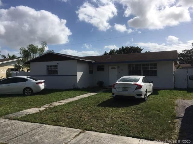 70 NE 213th St, Miami Gardens, FL 33179 (MLS #A10802302) :: Laurie Finkelstein Reader Team
