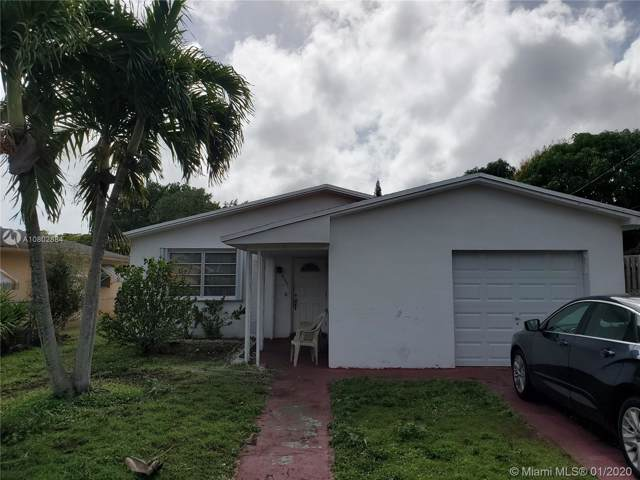 320 NW 47th St, Miami, FL 33127 (MLS #A10802884) :: The Teri Arbogast Team at Keller Williams Partners SW