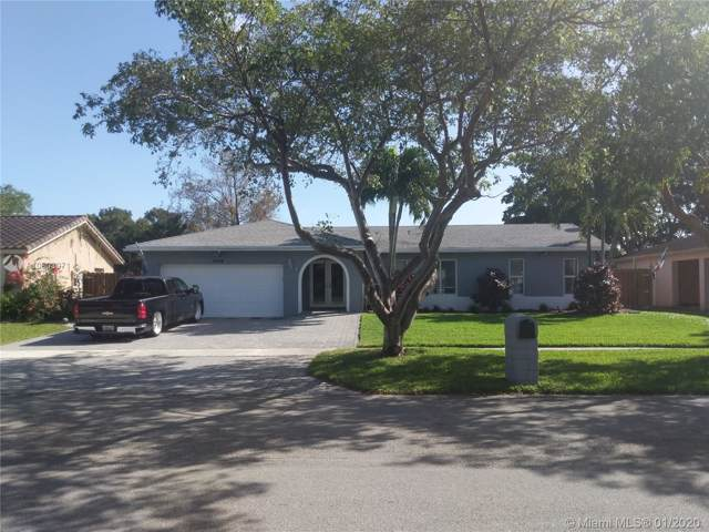 5114 SW 87th Ter, Cooper City, FL 33328 (MLS #A10803071) :: Laurie Finkelstein Reader Team