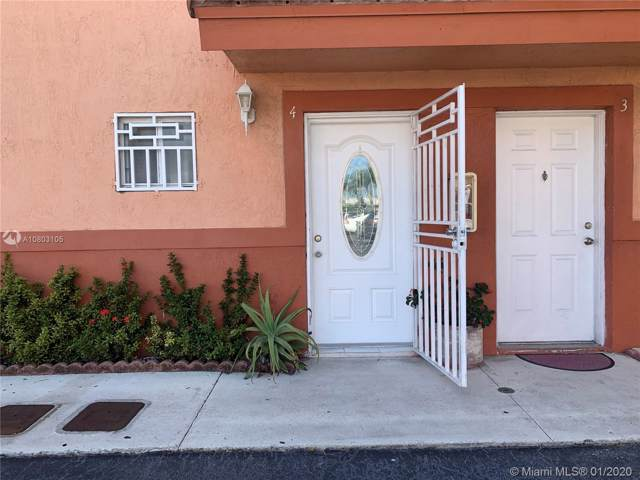 Miami, FL 33126 :: The Howland Group