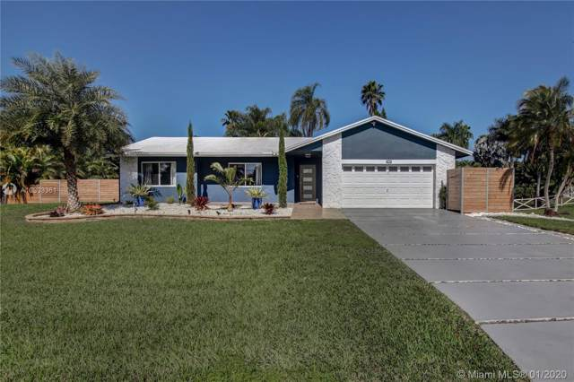 20301 SW 48th Street, Southwest Ranches, FL 33332 (MLS #A10803361) :: The Riley Smith Group