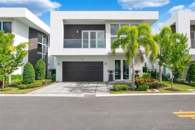 7515 NW 97th Ct, Doral, FL 33178 (MLS #A10803773) :: Prestige Realty Group