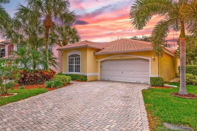 7533 NW 60th Ln, Parkland, FL 33067 (MLS #A10804364) :: GK Realty Group LLC