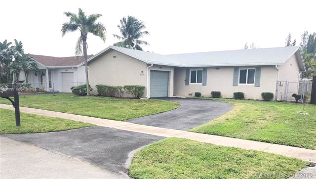 10980 NW 21st St, Sunrise, FL 33322 (MLS #A10804383) :: Green Realty Properties
